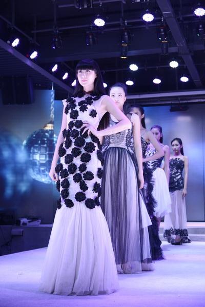 服装设计与表演专业毕业服装秀